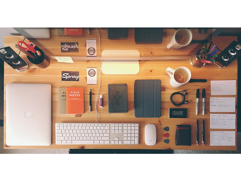 Books Mac Desks